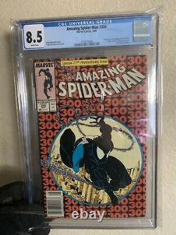 Amazing Spider-Man #300 CGC 8.5 Newsstand White Pages 1st VENOM