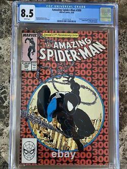 Amazing Spider-Man #300 CGC 8.5 WHITE Pages Origin & 1st App Venom