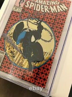 Amazing Spider-Man 300 Newsstand CGC 7.0 White Pages 1st Venom
